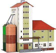 Kibri HO Scale Model Train Building, Tunnel and Bridge