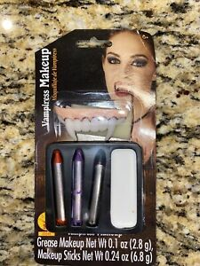 Halloween Vampiress Make Up Kit- Rubies NEW! Fast Shipping!!
