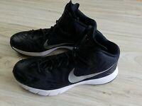 Nike Hyperquickness Men's Size 10.5 Black Basketball Athletic Sports Mesh