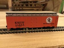 N Scale Atlas 40' std boxcar MDT NEW YORK CENTRAL  mtl couplers