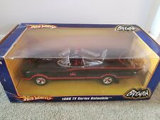 Hotwheels Batmobile 1966 1:18 Tv series signed Batman and Robin