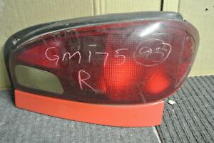 1995-2000 CHEVROLET GEO METRO RIGHT PASSENGER SIDE TAIL LIGHT LAMP OEM,166-60242