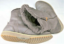 Emu Beach Lo W11025 Mens US 7.5 Womens 9 Boots Brown Suede Merino Wool Lining