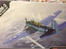 "KIT MAQUETA TBM-3 ""USS BUNKER HILL"" 1:48 ACADEMY 12285"