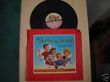 """Peter Pan Records """"BOBBSEY TWINS Musical Story"""" 10"""" 78 RPM 1952"""