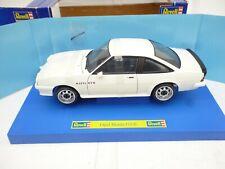 1:18 Revell 08422 Opel Manta GT/E Sportcoupe in White M BOX