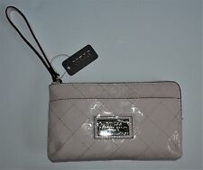 GUESS Signature Wallet Wristlet BURBANK SLG Powder Light Pink FF638163