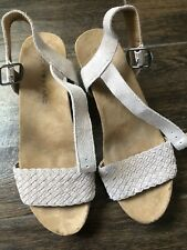 Lucky Brand Wedge Suede Gray Muave Shoe 5.5 EUC