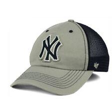 NEW YORK YANKEES CLOSER HAT CAP MENS SIZE SMALL MEDIUM  47 4ccd32cabd7f