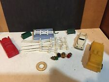 PARTS, O / HO SCALE PLASTICVILLE PARTS AND PIECES CHIMNEY  FENCING  ETC.