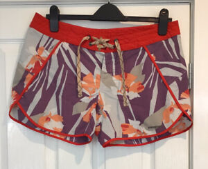 Patagonia Board Tropical Print Shorts Womens UK 12 US 8