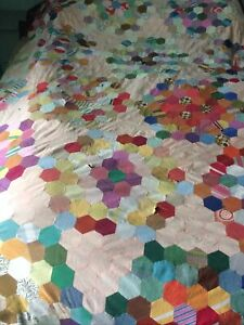 Vintage 1970's handmade patchwork quilt top - craft project with hexagons