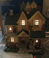 Carole Towne Italian Levigne Pub Bar Christmas Lighted Rustic House Mint In Box