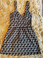 Ladies size 10 TOP SHOP very pretty dress in excellent condition Smart & stylish