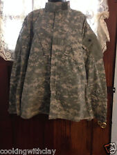 TAN CAMOUFLAGE MILITARY ARMY MENS OUTDOOR HUNTING JACKET SIZE MEDIUM XX-SHORT