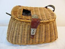 Vtg Antique Fisherman's Trout Fly Fishing Creel Wicker Basket Fish Shaped Hinge