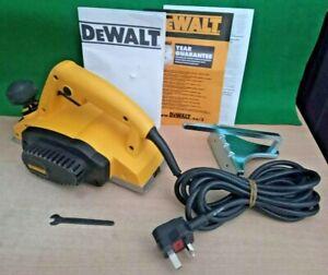 DeWalt Planer DW680K - 600w - 240v + Case + Manual