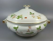 WEDGWOOD WILD STRAWBERRY COVERED VEGETABLE DISH / TUREEN (PERFECT)