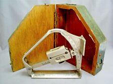 VINTAGE WW2 T.T&H LTD 1941 MARK VI MILITARY FIELD GUN CLINOMETER No 15780 & BOX