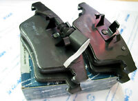 Set of MEYLE Front Brake Pads - VW T5 Transporter Van & Caravelle Eq: 7H0698151