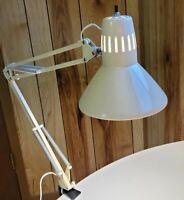 VINTAGE UNDERWRITERS LABORATORIES PORTABLE DESK LAMP ARTICULATING ARM - MCM