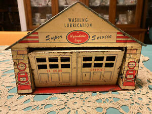 """1950s Wyandotte Gas Station Building Diorama Pressed Steel 10"""" Tin Toy 1/25 scal"""