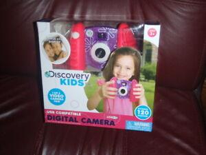 Discovery Kids Toy Camera - 0.3-Megapixel Digital Camera - Pink & Purple floral