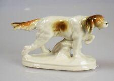 Porzellan-Antiquitäten & -Kunst-Figuren mit Hunde-Motiv