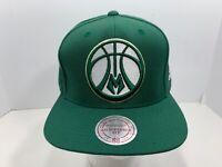 Mitchell & Ness NBA Green SnapBack Flat Bill Cap Milwaukee Bucks, NEW!