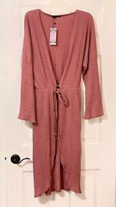Beautiful Boohoo Kimono Robe Brand New Size XL