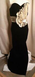 Dave & Johnny Black Velvet and Gold Formal Full Length Evening Dress size 9-10