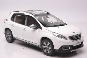 Peugeot 2008 car model in scale 1:18 White