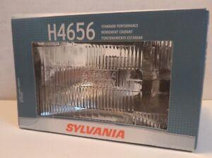 Sylvania 12V Rectangular Low-Beam Halogen Headlight, pn H4656