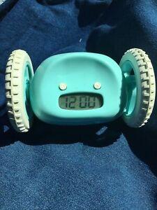 Clocky - Aqua alarm clock on wheels for parts Makes noises