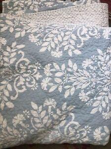"Laura Ashley King Quilt 104"" x 96"" Pale Blue Floral REVERSIBLE 2 Pillow Covers"