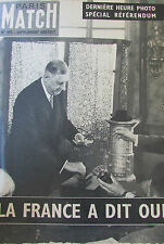 CAHIER PHOTOS PARIS MATCH ALGERIE VOTE DES FEMMES 1958 REFERENDUM  DE GAULLE