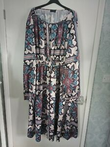 Pretty Little Thing Woman's Dress Wil Fit Size 26