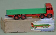 Dinky 902 Foden Flat Truck. Red Cab, Green Flatbed. Boxed