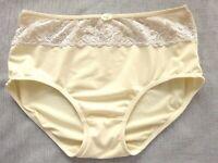 Jolie Culotte Slip dentelle satin beige Taille L FR44 US12 UK16 EUR42