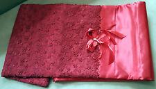 Bettwäsche 6-teilig rot Satin 1 Laken 1 Decke 4 Kissen Blumenstickerei (dep)