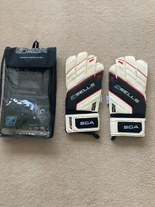 Sells  Excel Goalkeeper Gloves Size 10 BNWT-Comes with Carry Case