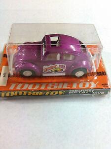 "NEW! Vintage Tootsietoy Volkswagen VW Beetle Stingin' Bug 4"" Long USA Sun Roof"