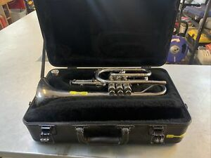 King Instruments 603 USA Trumpet Cornet w/ Hard Case and mouthpiece