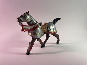 Papo 2006 Medieval Armored Battle Horse Fantasy Collectible