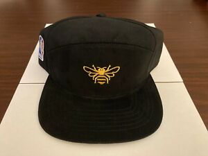 JACK DANIEL'S TENNESSEE HONEY AND NBA BRANDED CAP - ************NEW*************