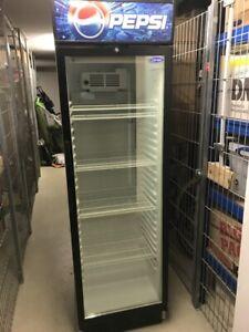 Carrier Getränkekühlschrank GD 380 - Pepsi - Neupreis 900€ -aus der Otto Kantine