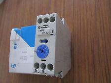 Relé de retardo de tiempo único buscador, SPDT 2 Contacto Interruptor DPDT serie 87.6 - P1 5117311