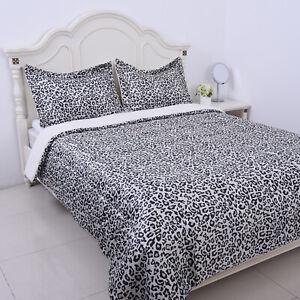 Homesmart Silver Satin Sherpa Leopard Digital Printed Comforter 2 Shams-Queen