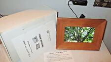 "NEW IN BOX Smart Parts SPDPF70EW 7"" Digital Picture Frame MEMORY CARD INCLUDED"