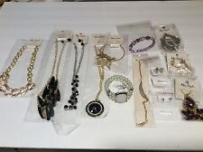 Fashion Costume Jewelry LOT OF 13pc Mixed Assorted Necklace Earrings Bracelet
